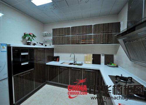 供应德歌法式厨房-整体橱柜-艺术木纹
