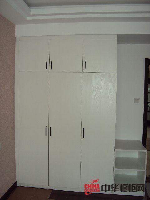 供應杰特櫥柜-整體衣柜-平開門衣柜 價格 批發 廠家