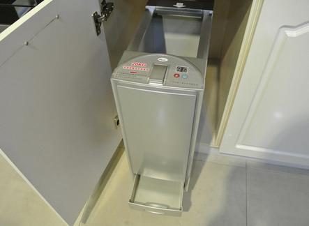瑷佳橱柜-智能化米柜