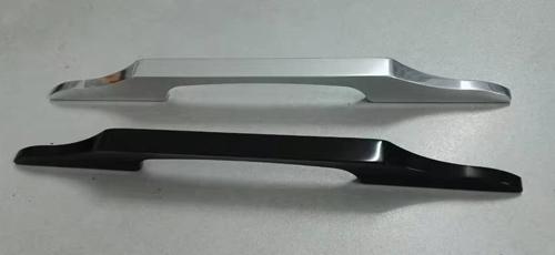 典范铝业-桥型拉手